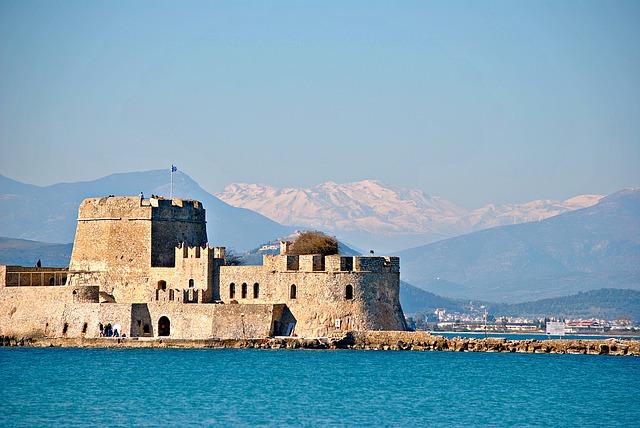 rodos zamak monolitos grcka